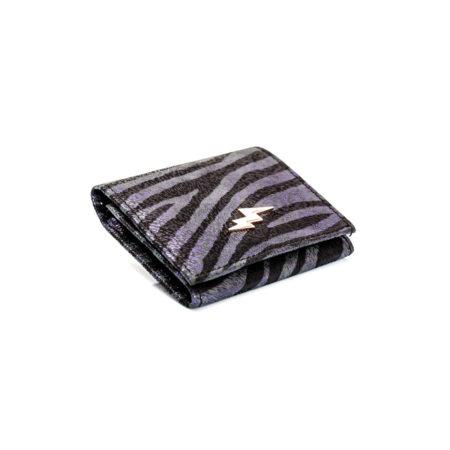Le premier portefeuille intelligent, un coffre-fort de poche au design compact. Protège vos cartes de crédit de la fraude.